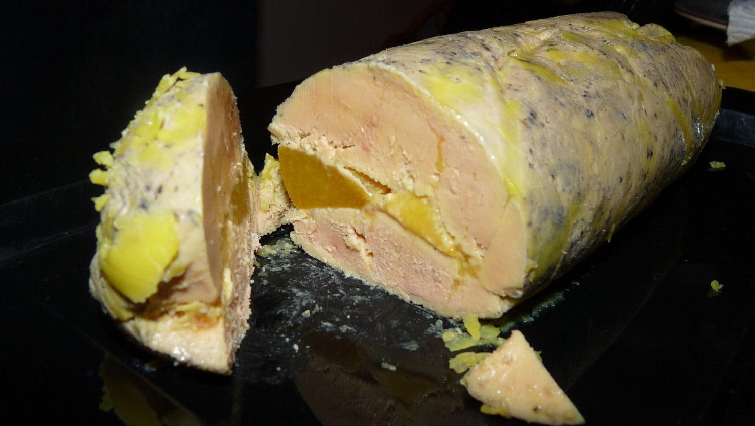 recette le foie gras mi cuit au torchon et ses fruits. Black Bedroom Furniture Sets. Home Design Ideas